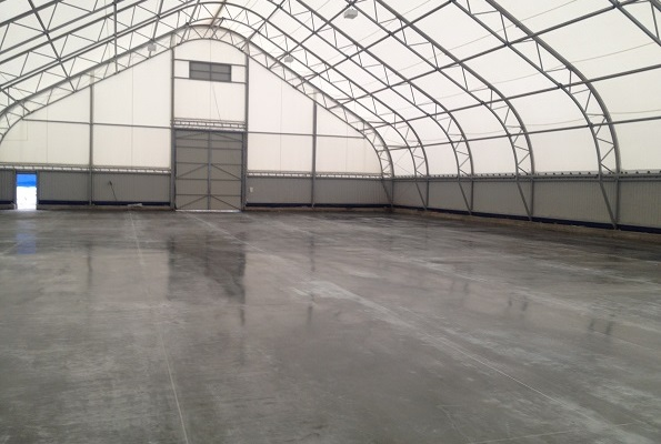 Concrete floor with topping pouring with a total space of 1000 sq.m. in Nizhny Novgorod